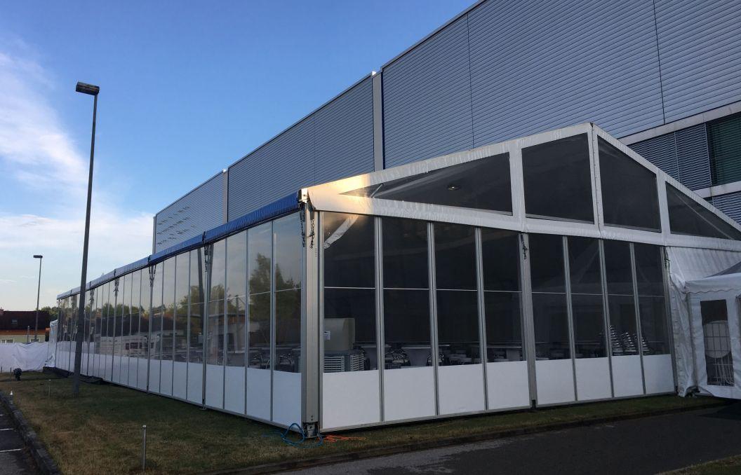 15m Veranstaltungszelt mit festen Seitenwänden
