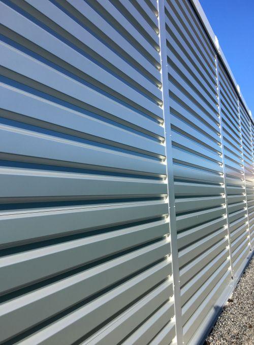Wandverkleidung aus Stahltrapezblech