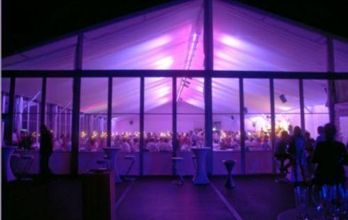 VIP-Zelt mit Ambiente-Beleuchtung