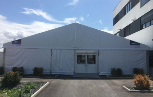 15m Zelt mit Eingangstür