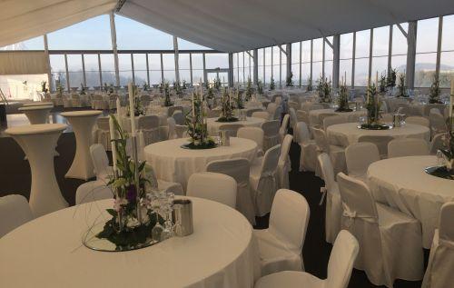 VIP-Zelt für Gala-Abend
