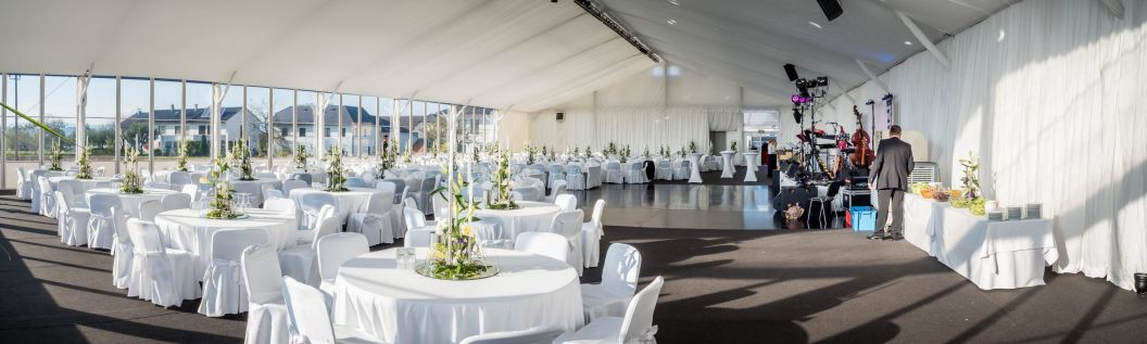 Innenansicht VIP-Zelt