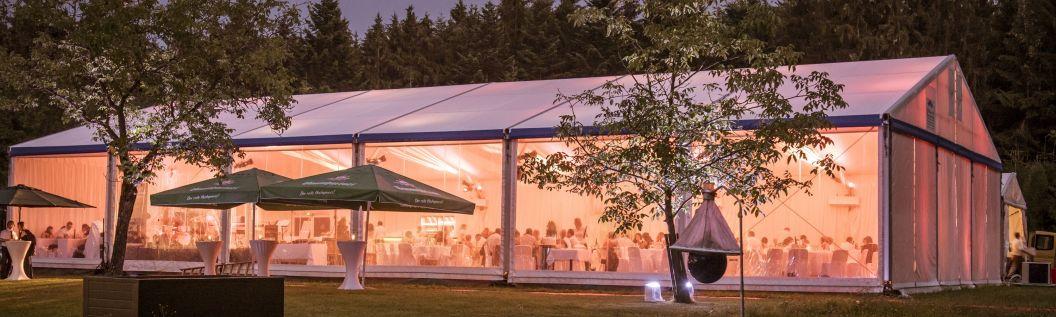 15m VIP-Zelt mit transparenten Seitenplanen