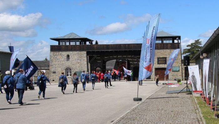 MKÖ - Befreiungsfeier in Mauthausen